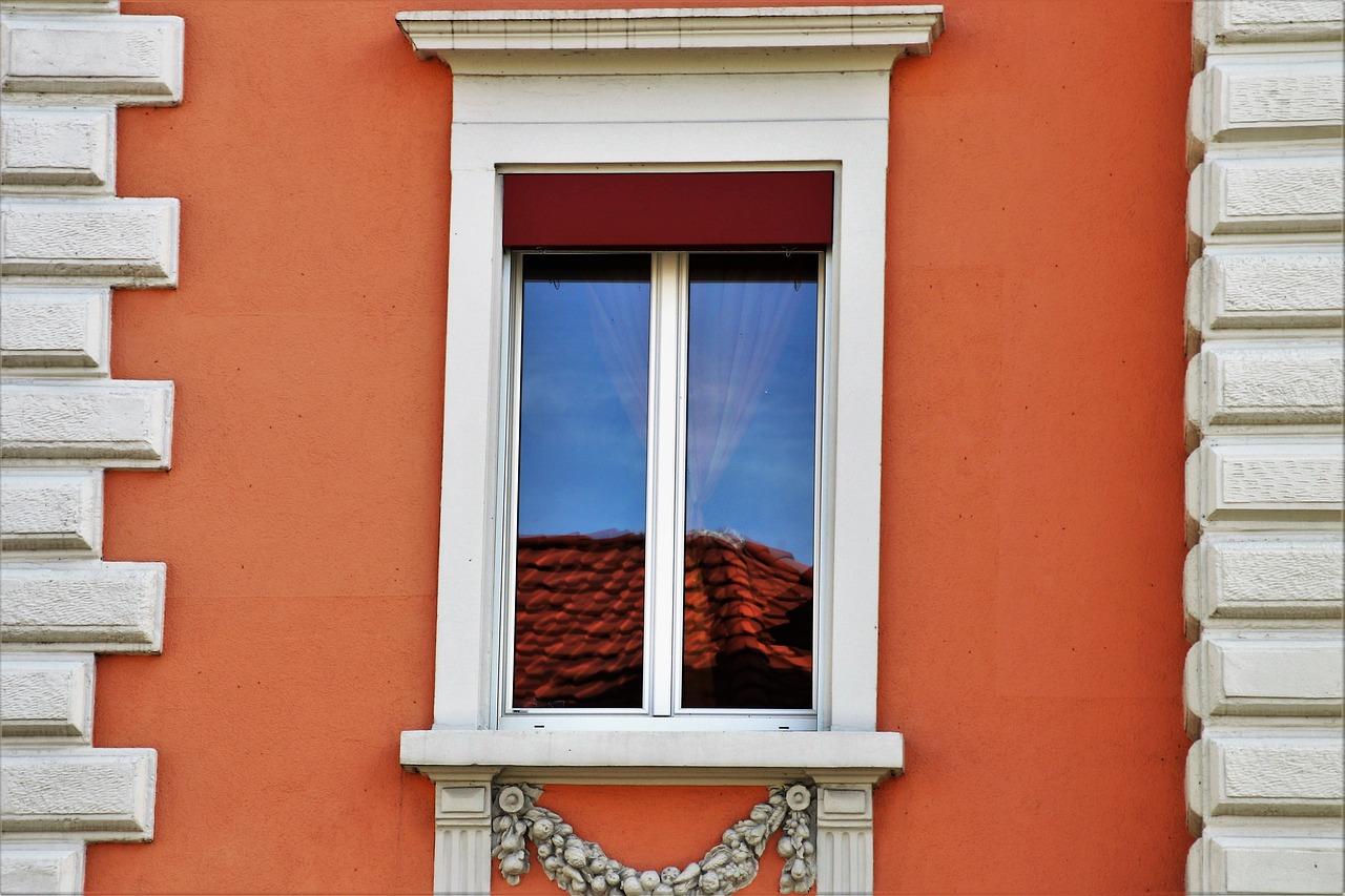 Fenêtre, pourquoi opter pour des vitres teintées ?